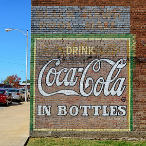 Coca-Cola, Black Hawk Pool Hall, Nevada, Missouri
