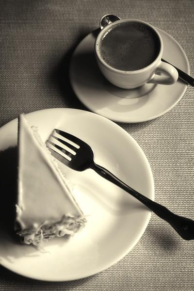 Cake an Espresso