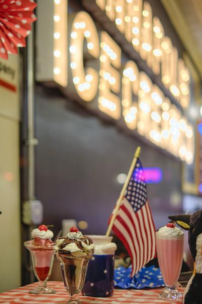 Classic American Ice Cream Sundeas