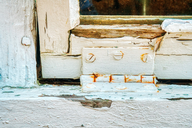 Painterly Peeling Window Paint