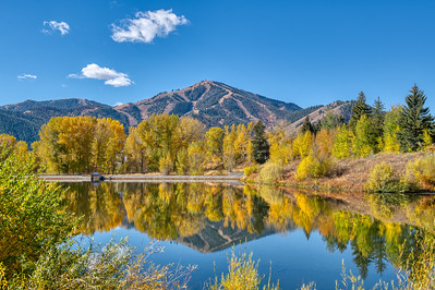 Fall Sun Valley Lake and Bald Mountain