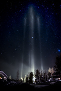 Light Pillars in the Sun Valley Sky