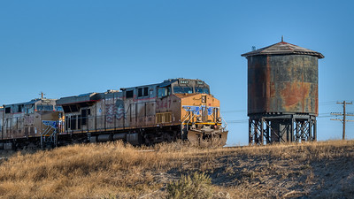 Union Pacific Rolls East Past Kimama, Idaho
