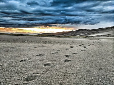 Footsteps to the Horizon