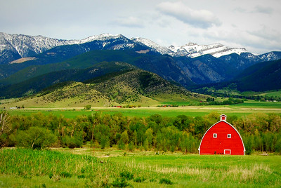 Red Barn, Paradise Valley, Montana