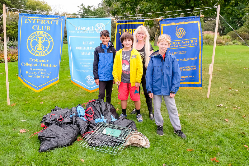 Samantha Dugas and her team from Rotary Etobicoke were out once again to help with the cleanup.