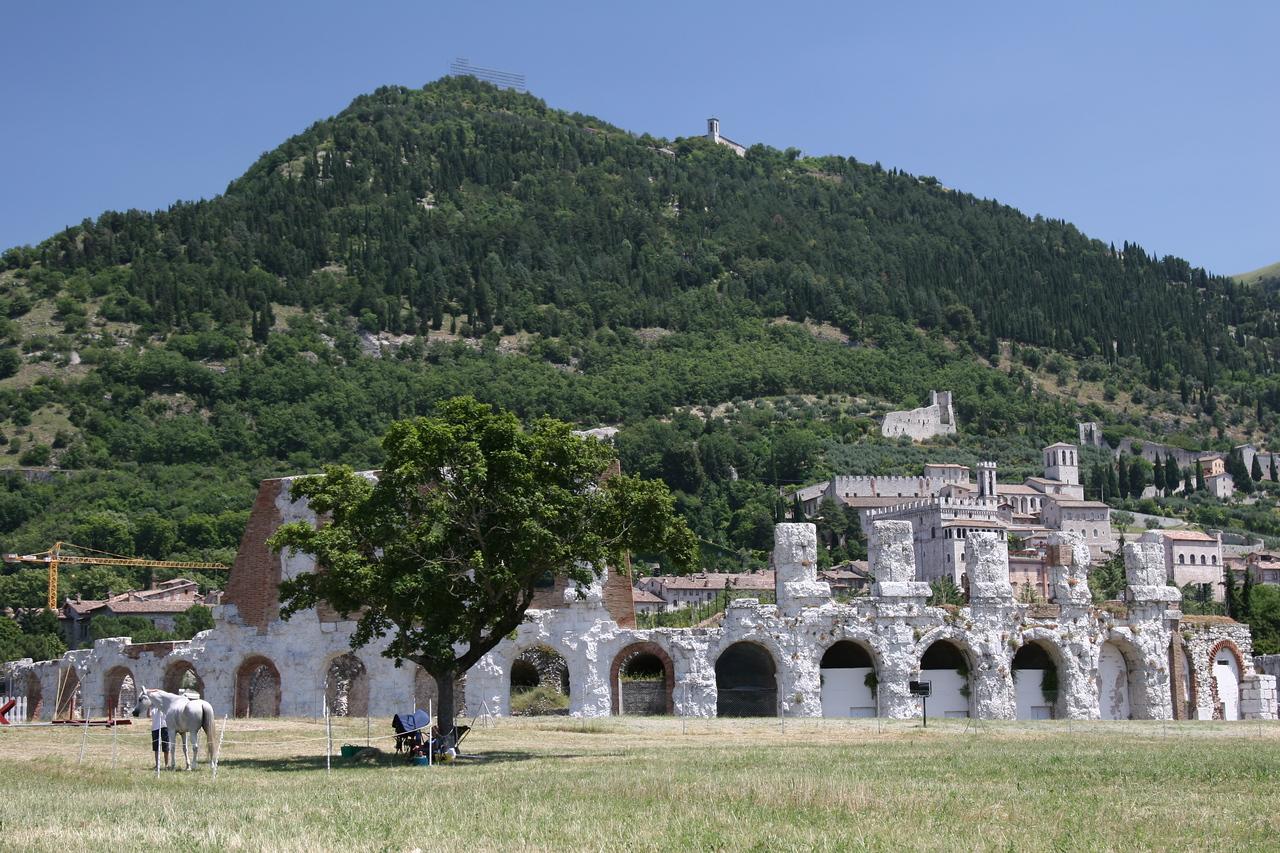 44.  Roman ruins  0093jpg