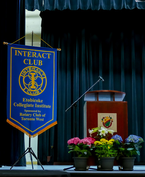 The Rotary Toronto West Club is proud to be the sponsor and supporter for this enthusiastic Interact Club. Best wishes for all your endeavours.
