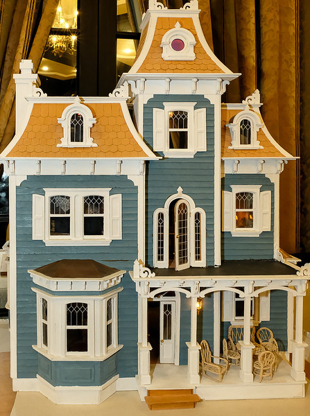 This 3 ft tall doll house attracted much attention. It was carefully crafted about 20 years ago by long time member Don Foster.