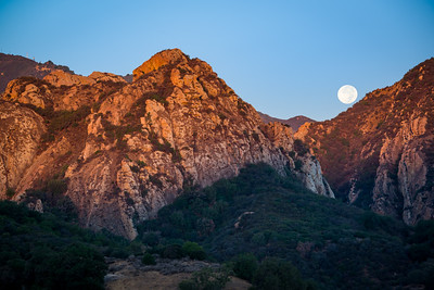 Moonset at Malibu Creek State Park