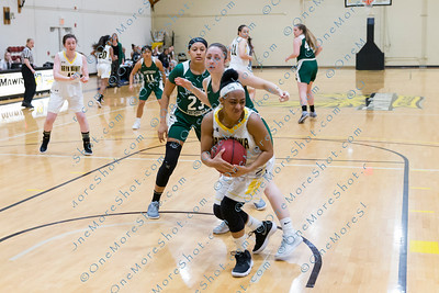 BMC_BASKETBALL_vs_So-Virginia_University-4