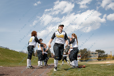 Cedar_Crest_College_Softball-04-06-2018-16