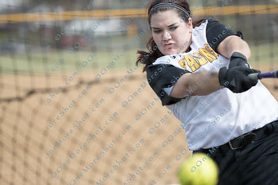Cedar_Crest_College_Softball-04-06-2018-1
