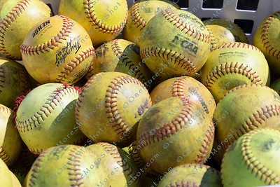 Jefferson_Softball_vs_Chestnut_Hill_03-19-2019-11
