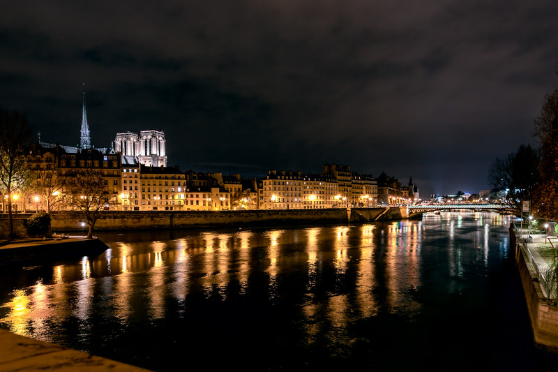 Paris - cold November night