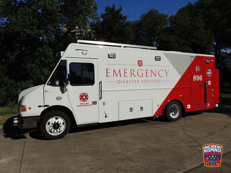 Dallas Fire-Rescue Box4 Canteen 896