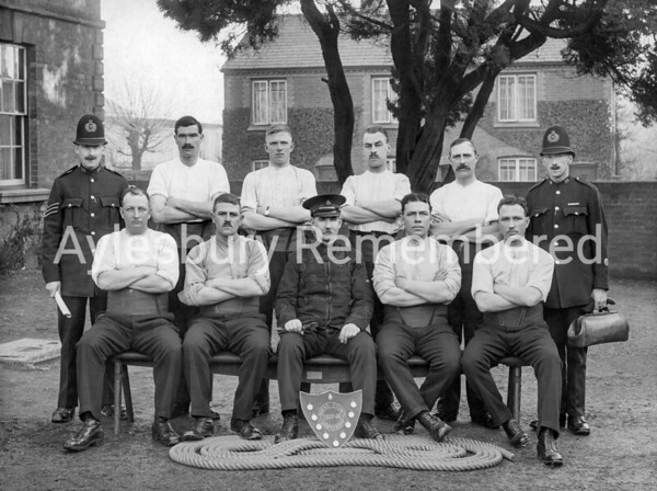 Bucks Constabulary tug-o-war team, 1921