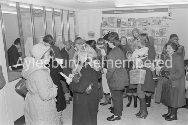 New Post Office in Walton Court Centre, Jan 11th 1982