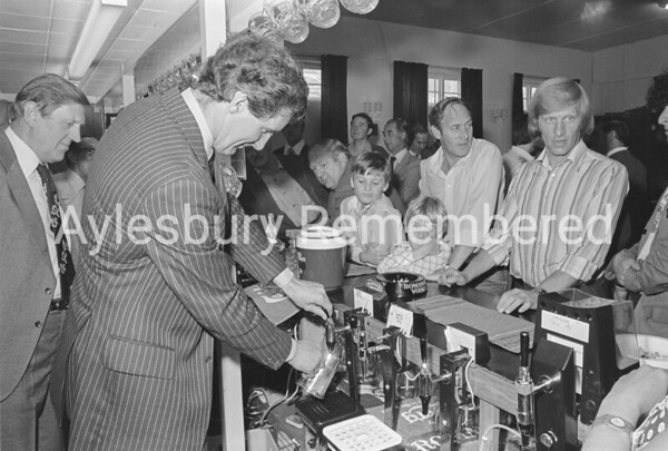 Post Office Social Club, Aug 1979