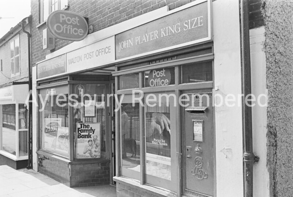 Walton Post Office, Wendover Road, July 1984
