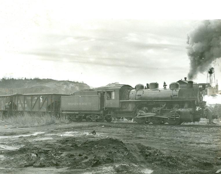 Virginia Blue Ridge Railway Engine 8080 (Piney River, VA)  (09838)