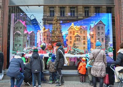 Viewing Stockmann's Christmas Display