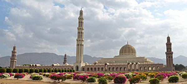 Sultan Qaboos Grand Mosque (2001)