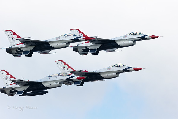 Air Force Thunderbirds in tight formation