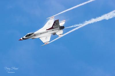 F-16 Fighting Falcon Air Force Thunderbird