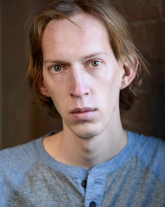 ScottHallenbergPhotography Actor Headshot 20170106 d7c1-SSC_1875_n0701-ME
