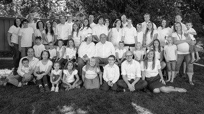 ScottHallenbergPhotography Family 20160812 d8c1-SCI_0050_n0340ed2