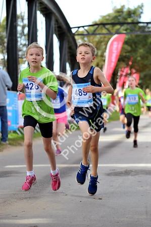 SWANSEA / www.click4prints.com  Sunday 18th September 2016 Admiral Swansea 10k  Junior Races... 1K races photo credit WWW.CLICK4PRINTS.com