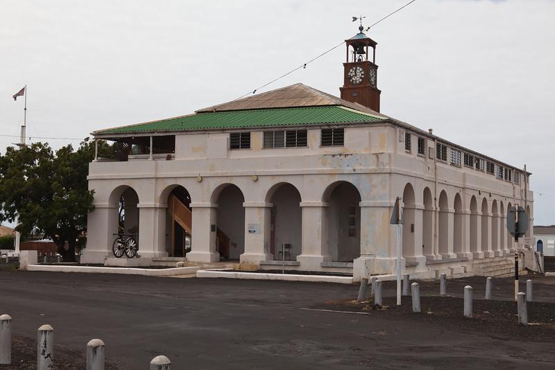 Colonial building