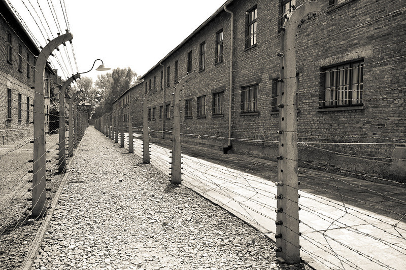 Auschwitz 1 double barbed wire and electric fence