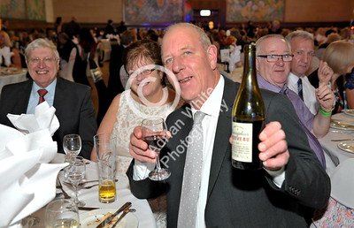 SWANSEA / Copyright Adrian White Thursday 17th November 2016 Beaujolais Day at the Brangwyn Hall... Lord Mayor of Swansea David Hopkins