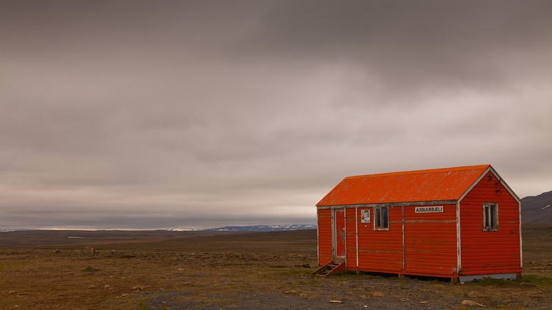 Hut on F35 mountain road