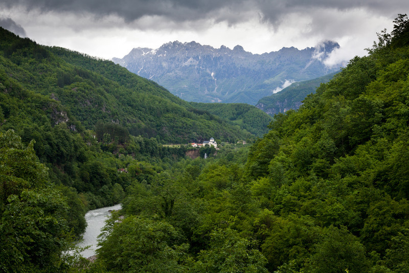 Montenegro, Morača monastery