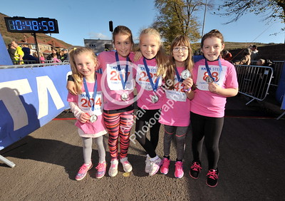 EAST / Copyright Adrian White Sunday 6th November 2016 Richard Burton 10k Road Race, Cwmavon. Cwmavon Primary School pupils at the finish line having competed in the junior races.