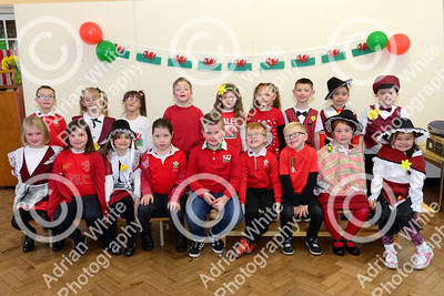 St Davids Day Supplement.. Townhill Community Primary School  Copyright © 2018 by Adrian White Photography, all rights reserved. For permission to publish - contact me via www.adrianwhitephotography.co.uk Please respect copyright laws.
