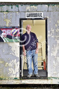 Club Rugby in Wales... Llanybydder RFC - Club groundsman Alan Wilson.