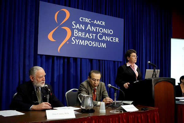 San Antonio, TX - SABCS 2008 San Antonio Breast Cancer Symposium: Doctors address the Patient Management & Quality of Life press conference on the study:at the 2008 San Antonio Breast Cancer Symposium here today, Friday December 12, 2008. Over 8,000 Physicians, researchers and healthcare professionals from over 50 countries attended the meeting sponsored by American Association of Cancer Researchers (AACR) and the University of Texas, which features the latest research on Breast Cancer Treatment and Prevention. Date: Friday December 12, 2008 Photo by © SABCS/Todd Buchanan 2008 Technical Questions: todd@toddbuchanan.com; Phone: 612-226-5154.