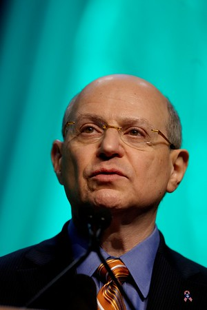 San Antonio, TX - SABCS 2008 San Antonio Breast Cancer Symposium: Larry Norton, MD of Memorial Sloan-Kettering Cancer Center New York, NY  addresses the WILLIAM L. MCGUIRE MEMORIAL LECTURE session at the 2008 San Antonio Breast Cancer Symposium here today, Friday December 12, 2008. Over 8,000 Physicians, researchers and healthcare professionals from over 50 countries attended the meeting which features the latest research on Breast Cancer Treatment and Prevention. Date: Friday December 12, 2008 Photo by © SABCS/Todd Buchanan 2008 Technical Questions: todd@toddbuchanan.com; Phone: 612-226-5154.