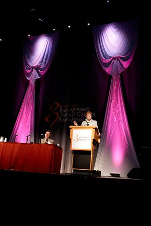 San Antonio, TX - SABCS 2008 San Antonio Breast Cancer Symposium: Monica Morrow, MD, FACS, of Memorial Sloan Kettering Cancer Center addresses the CASE DISCUSSION 1 session at the 2008 San Antonio Breast Cancer Symposium here today, Saturday December 13, 2008. Over 8,000 Physicians, researchers and healthcare professionals from over 50 countries attended the meeting which features the latest research on Breast Cancer Treatment and Prevention. Date: Saturday December 13, 2008 Photo by © SABCS/Todd Buchanan 2008 Technical Questions: todd@toddbuchanan.com; Phone: 612-226-5154.