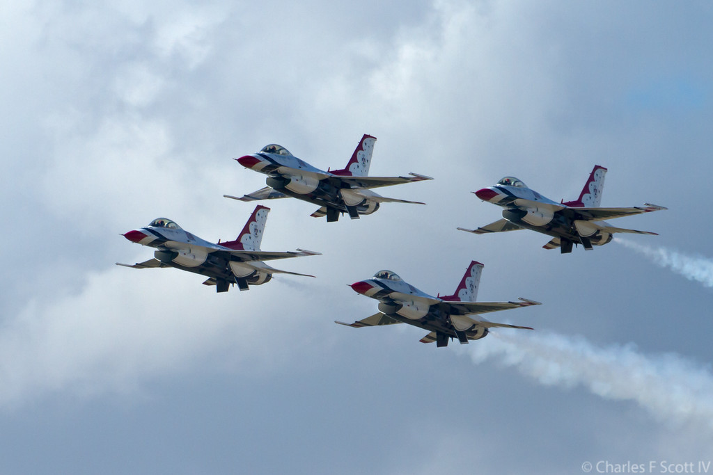 IMAGE: https://photos.smugmug.com/Public/2011-Air-Show-Alliance-Texas/i-zbRTN3C/4/3f55d4af/XL/2011_10_22_3834-XL.jpg