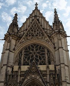 Vincennes: Sainte-Chapelle front