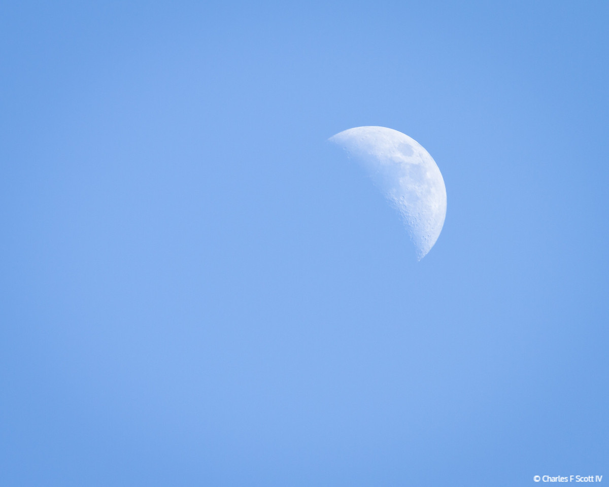 Just had to try out the new lens! There is landscape on the moon, even in broad daylight.