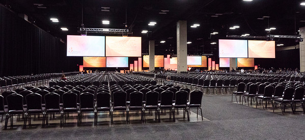 San Antonio, TX - SABCS 2016 San Antonio Breast Cancer Symposium - C. Kent Osborne, MD gives opening remarks during the opening session here today, Wednesday December 7, 2016. during the San Antonio Breast Cancer Symposium being held at the Henry B. Gonzalez Convention Center in San Antonio, TX. Over 7,500 physicians, researchers, patient advocates and healthcare professionals from over 90 countries attended the meeting which features the latest research on breast cancer treatment and prevention. Photo by © MedMeetingImages/Todd Buchanan 2016  Technical Questions: todd@medmeetingimages.com