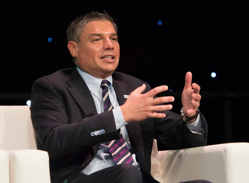Lorenzo Simonelli - Baker Hughes, a GE company Opening General Session