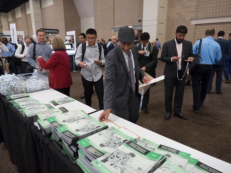 Attendees Registration and exhibit hall opening