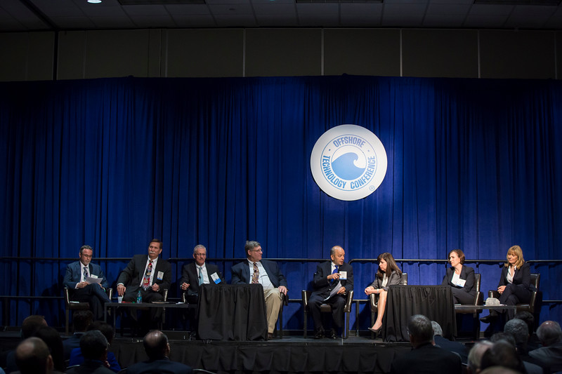 Session Moderator Pramod Singh and speakers Doris Reiter, Aleida Rios, Bill Steel, Cindy Yeilding, Stephan Drouaud, Bob Squires and Bryan Domangue during Morning Technical Session: Mad Dog Field: A Multi-Disciplinary Look at the Opportunities, Technology Breakthroughs, Challenges and Learnings of a Giant Deepwater Field Development